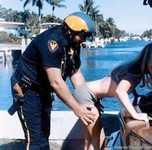 Humor. A este policía también lo quiere el Peje en SSP