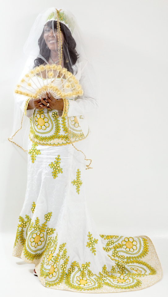 AFRICAN PRINT WEDDING THEME IN CANADA: GREEN, WHITE & GOLD