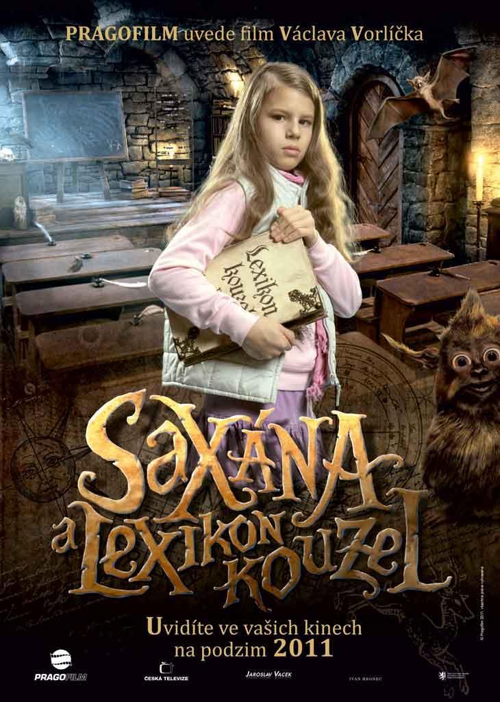 Saxana: La pequeña bruja y el libro encantado