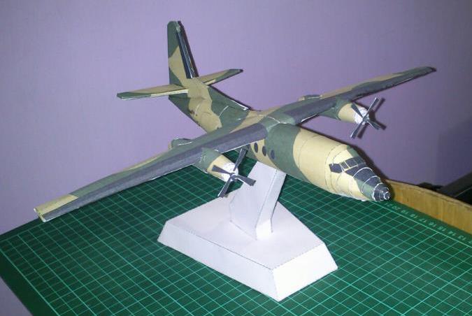 Fokker F27 Papercraft