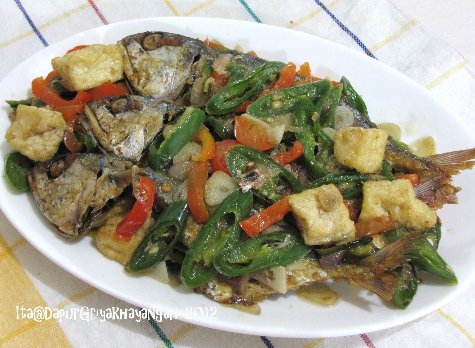 Dapur Griya Khayangan Tumis Ikan Asin Peda Cabe Ijo