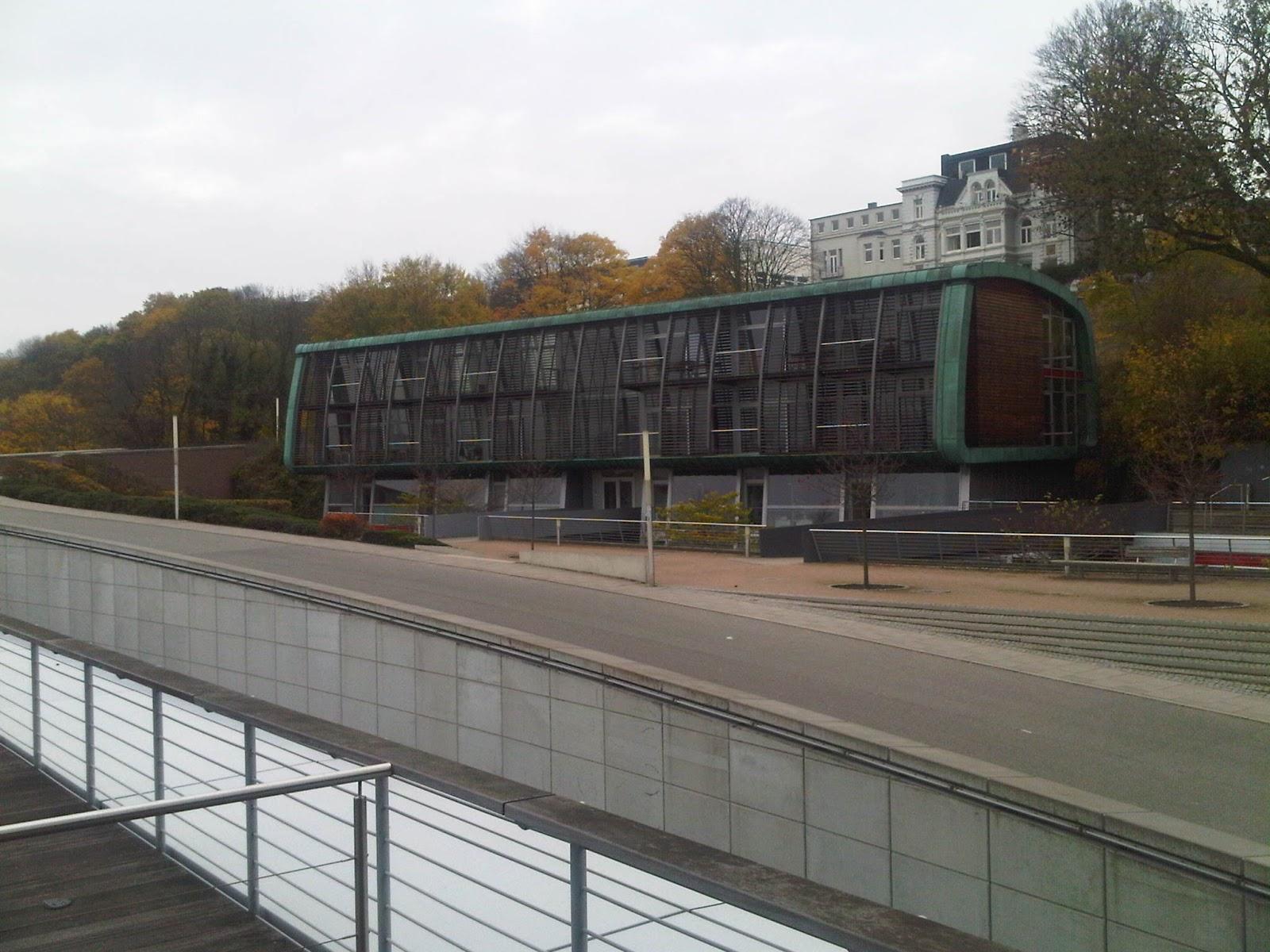 Bürogebäude am Elbberg