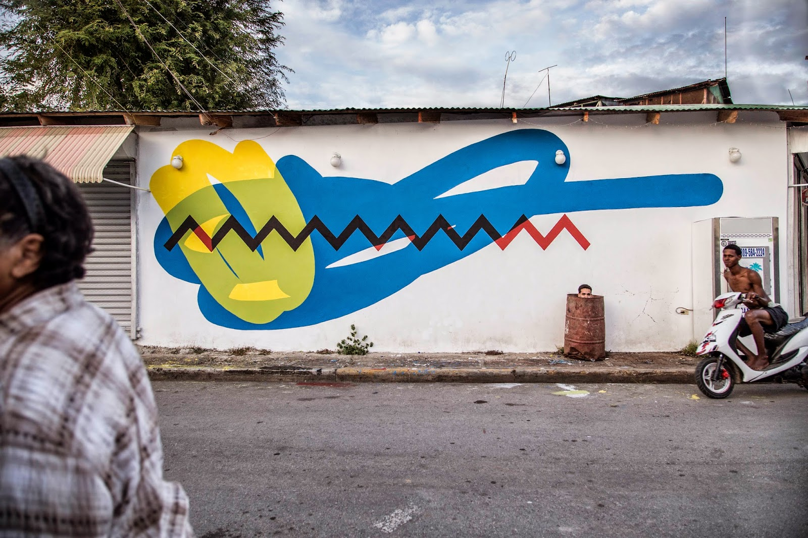 After Miami, Elian is now in Dominican Republic where he was invited by the Artesano Street Art Festival curated by Inoperable and Evoca1.
