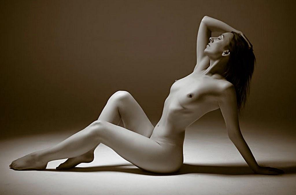 fotos-artisticas-de-mujeres-en-blanco-y-negro
