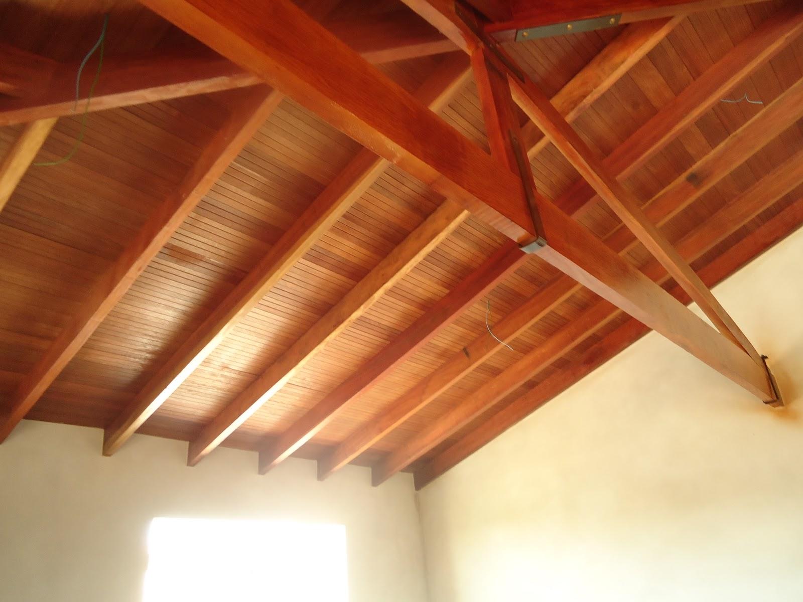 sonho: Telhado quase concluído e presentinho para casa nova #471409 1600x1200