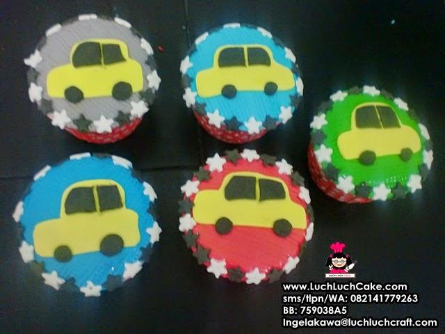 Cupcake Ulang Tahun Tema Mobil Souvenir Ulang Tahun