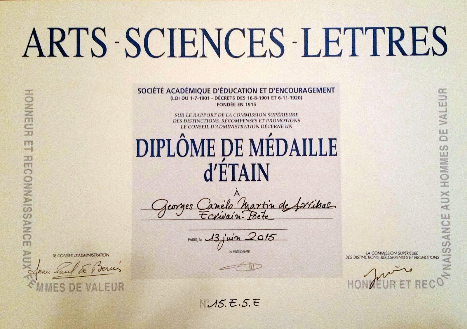 ACADEMIA DE ARTES CIENCIAS E LETRAS DE PARIS