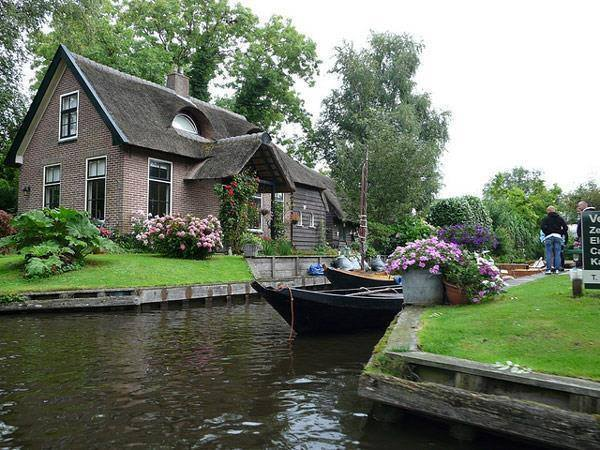 Giethoorn Belanda . Desa Tanpa Jalur Jalan Hanya Canals & Sepeda