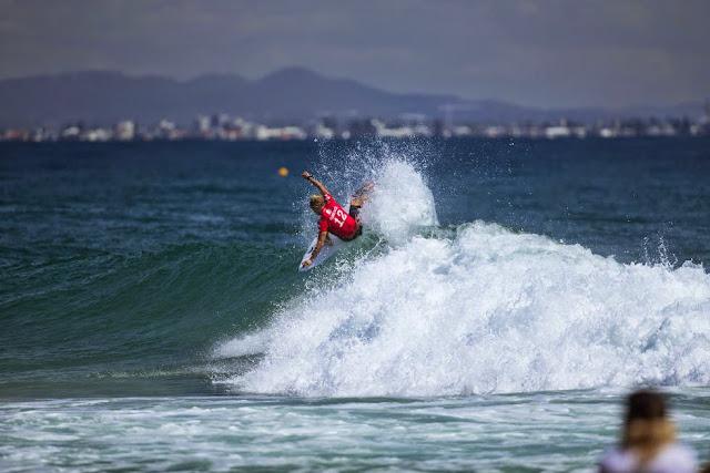 33 Quiksilver Pro Gold Coast 2015 John John Florence Foto WSL Kelly Cestari