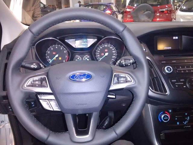Novo Focus 2016 SE 1.6 MT - interior - painel