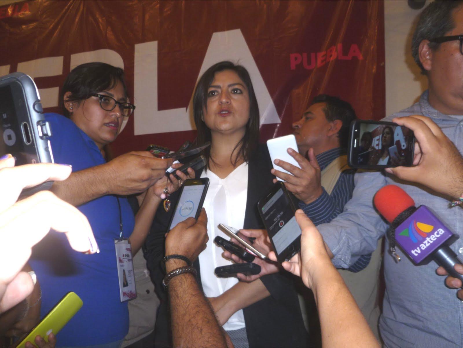 ES POSIBLE UN CAMBIO DE RÉGIMEN EN PUEBLA: RIVERA VIVANCO