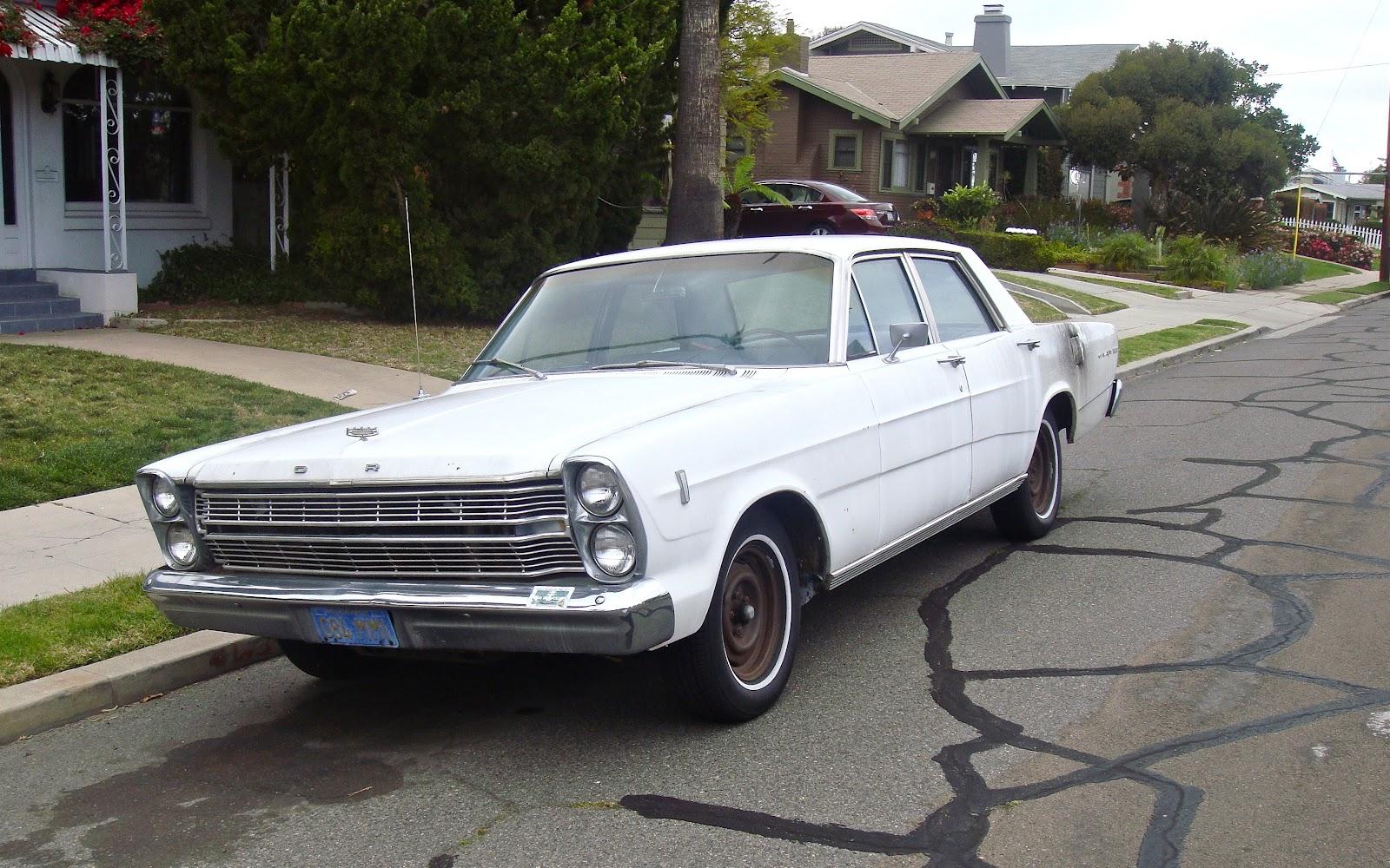 1966 Ford Galaxie rela...
