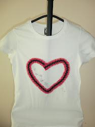 Camiseta dulce corazón rojo