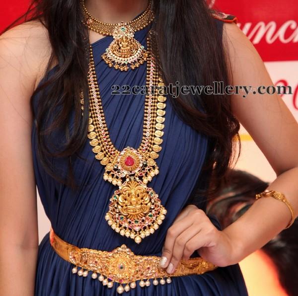Traditional Wedding Jewelry by Manepally