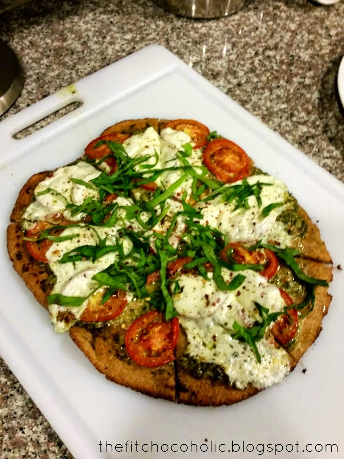 The Fit Chocoholic: Whole Wheat Basil Pesto and Roma Tomato Pizza