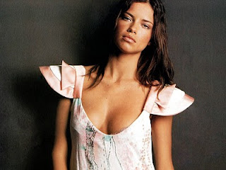 Adriana Lima Hot+(99) Adriana Lima Hot Picture Gallery
