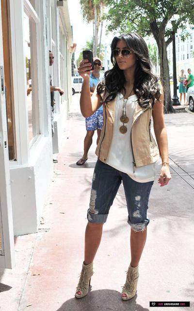 Kardashian Blog A Look At Kim Kardashian 39 S Style Evolution