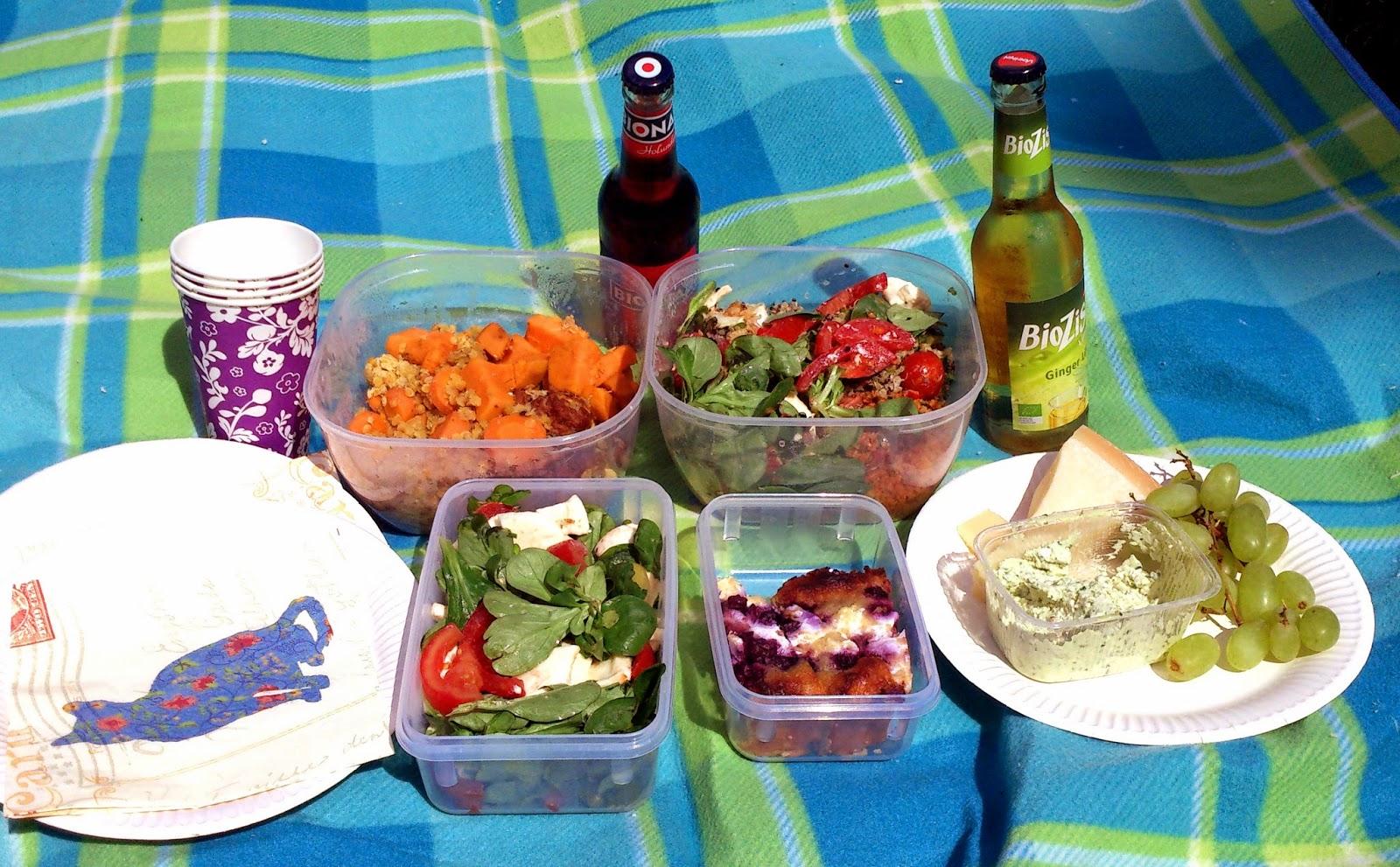 Herkulliset piknik-eväät aurinkoiselle piknikille!