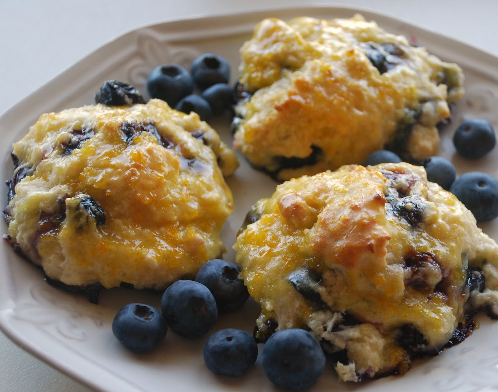 Everyday Insanity...: Orange Glazed Blueberry Scones