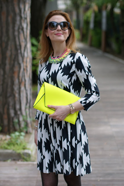 Asos black and white dress, Zara yellow clutch