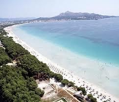 Puerto de Alcudia Playa en Mallorca