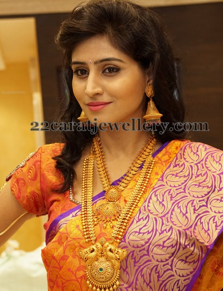 Shamili Traditional Jewelry by CMR