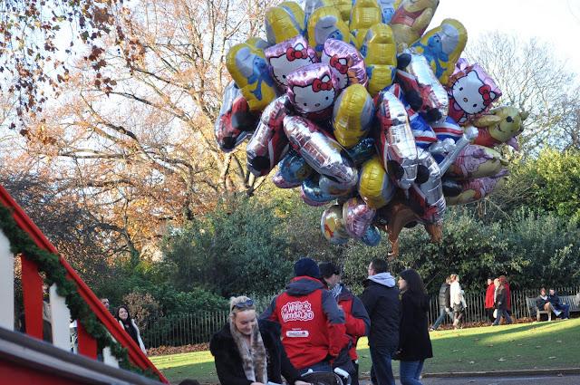 Winter+Wonderland+Hyde+Park+London+helium+balloons