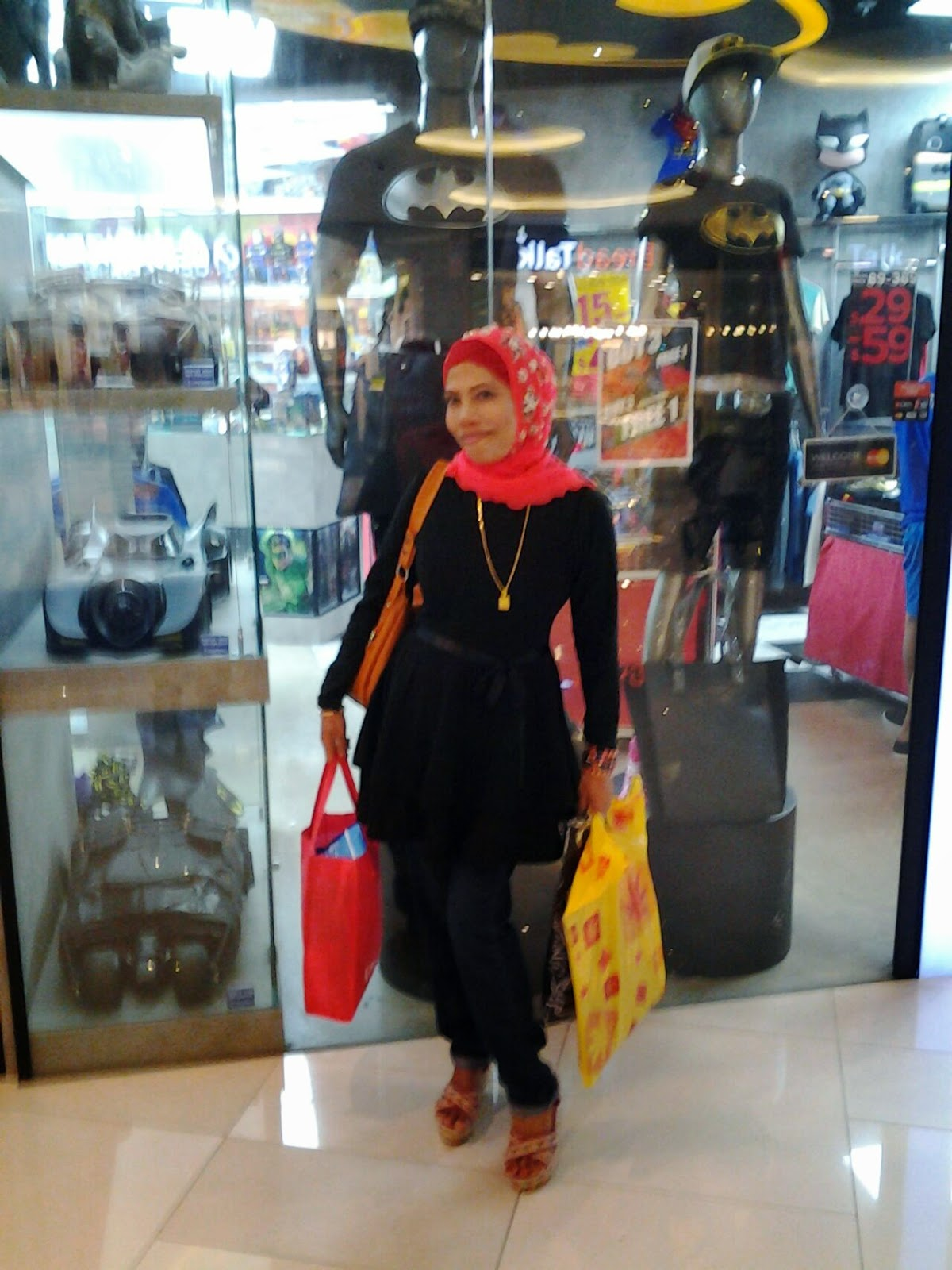 Johariwindows December 2014 Damn I Love Indonesia New Kaos Pria Red Hd White Merah L A And Exciting Business Travel Portal Launched At Johorbahrumy Press Release Rocket