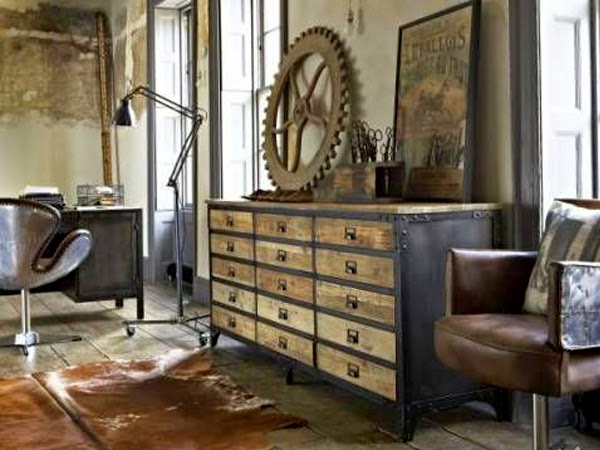 Enętrze ze starymi szafkami