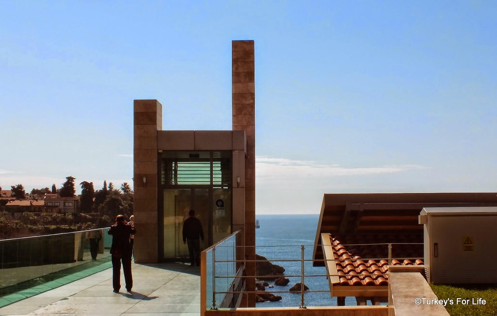 Antalya Harbour Lift