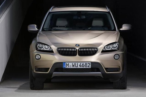 Sort Of Little Brother The X6 Considered By BMW For Its Blend SUV And Off As A SAV Sport Activity Vehicle To X4 Was Raised Since May 2010