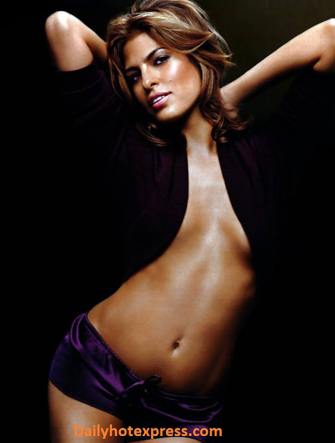 Hollywood Actress Eva Mendes Hot Pics In Bikini