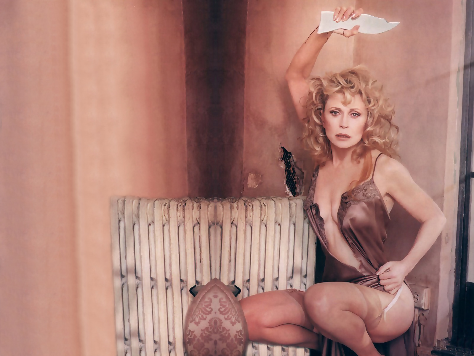 Carmen electra sex scene