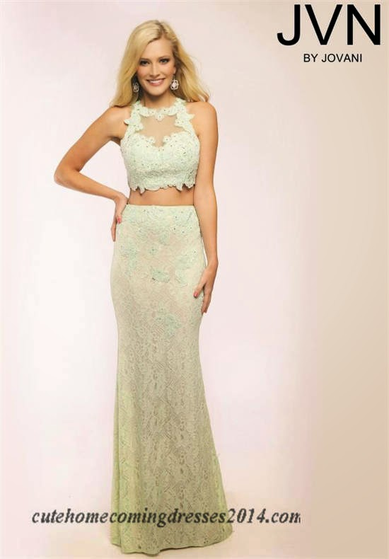 How to Choose The Right Prom Dresses