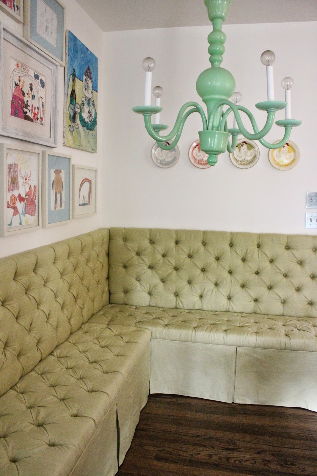 how to make a banquette table