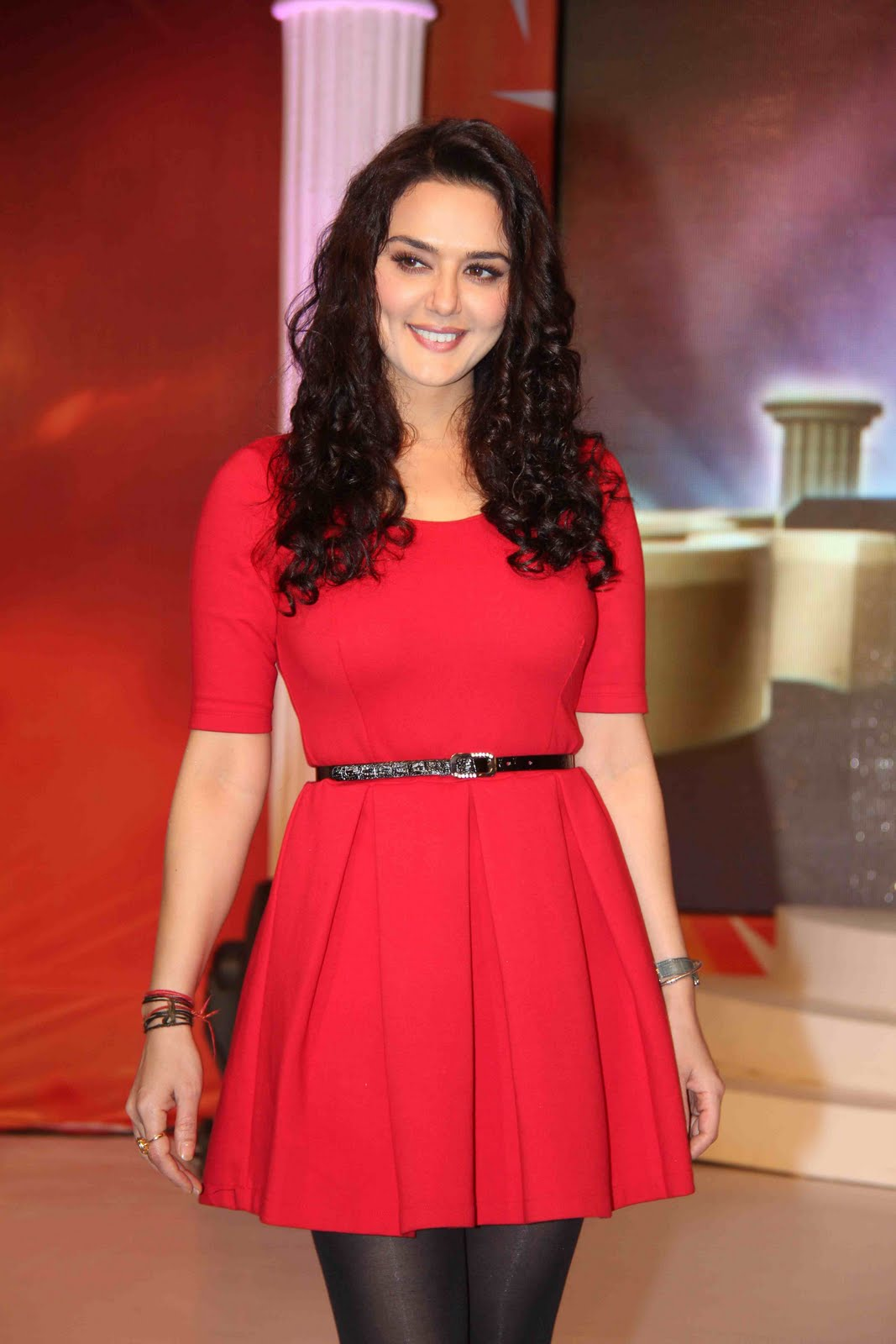 Hot Preity Zinta In Skirt Pictures
