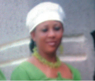 An eyewitness, who is the landlady of the deceased, Miss <b>Dorothy Bassey</b>, <b>...</b> - 00