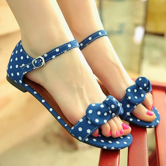 Beautiful Dot Bow Flat Open buckle Sandals