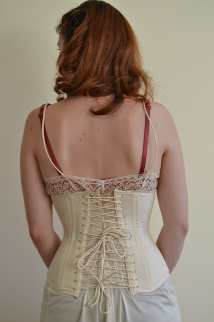 Scarlett O'Hara, corset, foundation, hoop skirt, boning, umbrella
