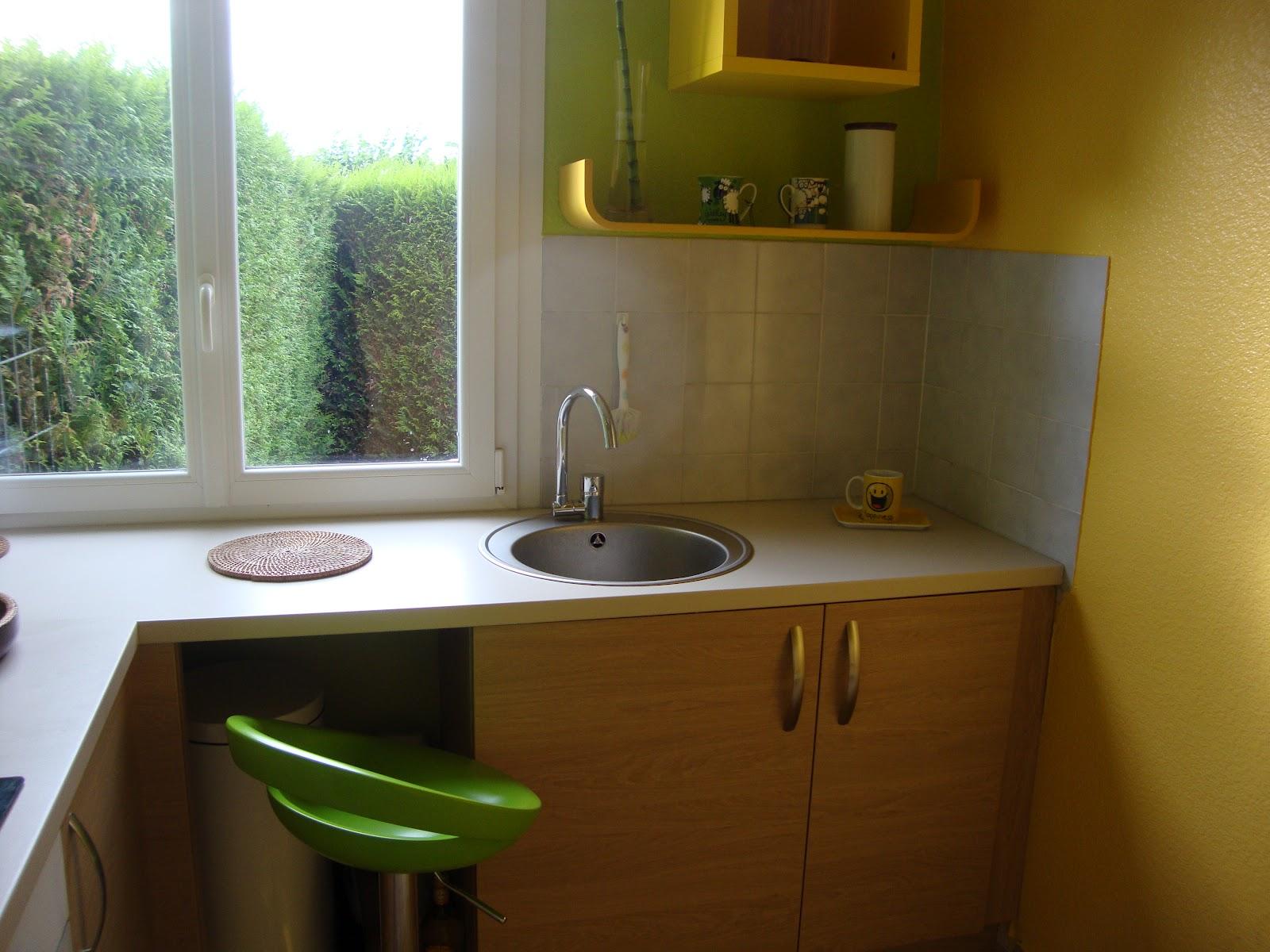 plan petite cuisine en u. Black Bedroom Furniture Sets. Home Design Ideas