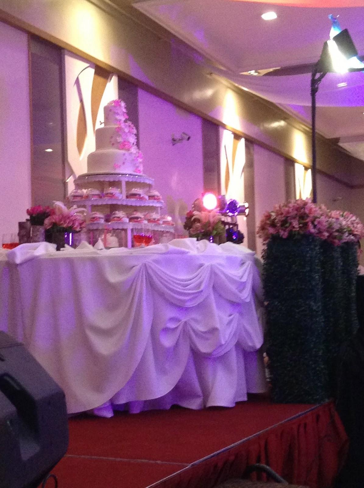 Fun filipino wedding