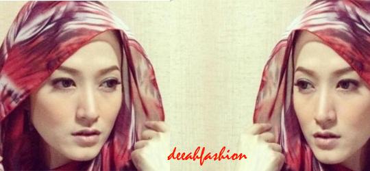 Hijab abstrak ala Lyra Virna Trend Jilbab Terkini