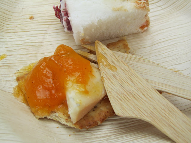 COTS n QUATS Marmalade with Madagascar Vanilla Bean and Morbier Cheese (Apricot and Kumquat Jam)