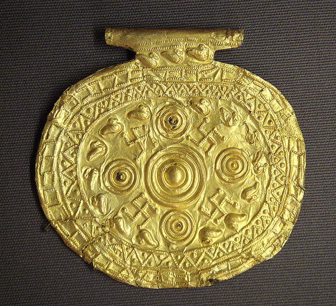 Etruscan pendant with swastika and heliocentric diagram