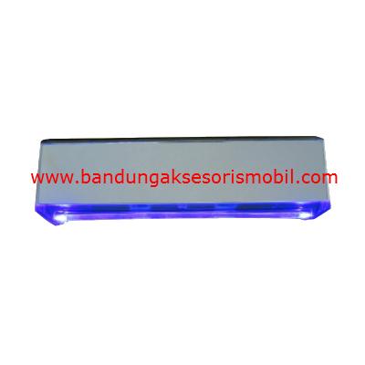 Kaca Spion Dalam Lampu Neon Biru 181