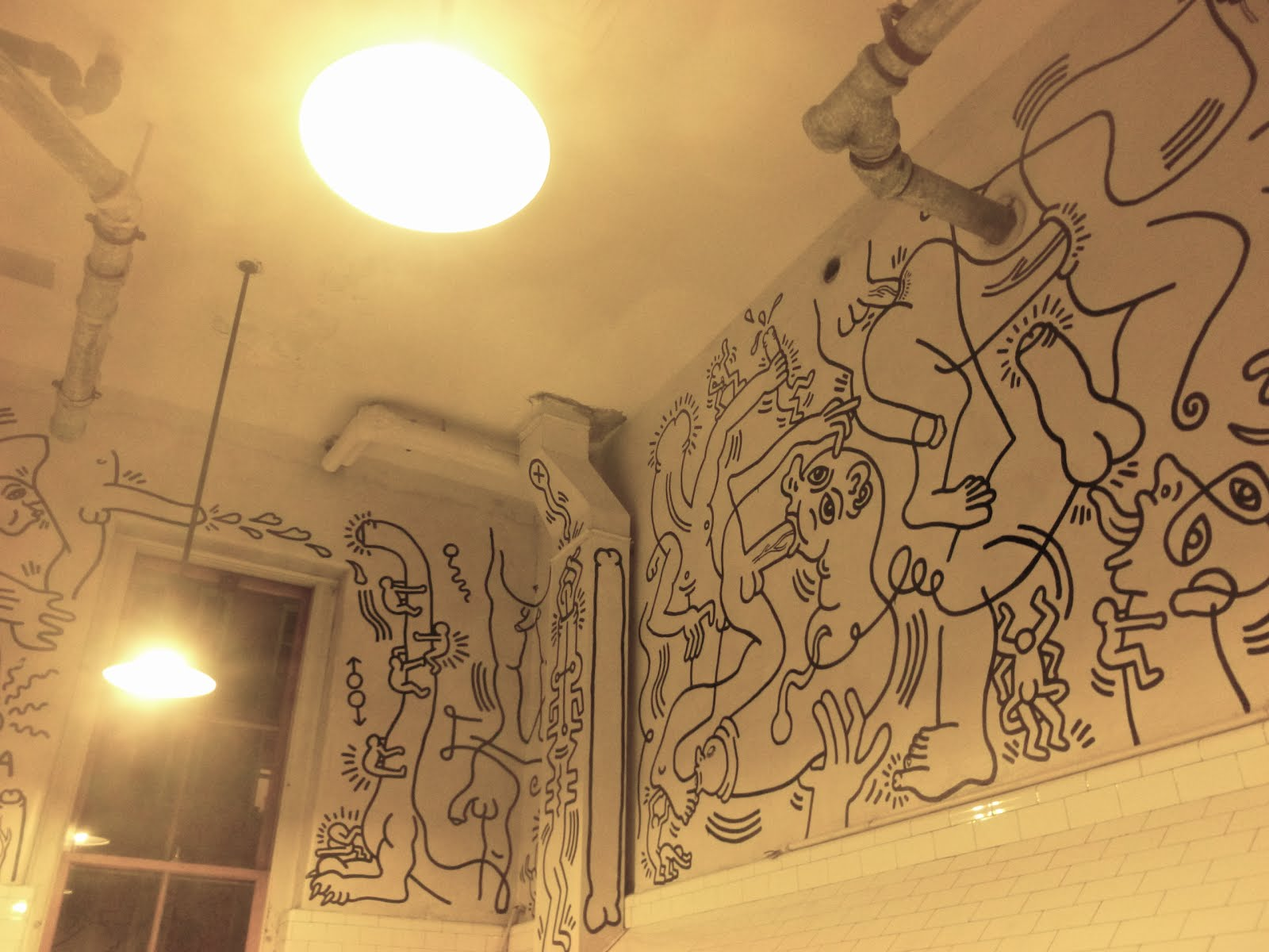 Jeremiahs Vanishing New York Haring Bathroom