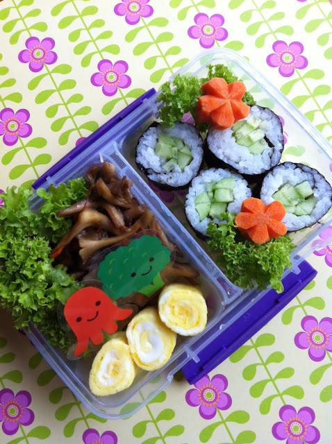 cucumber roll, かっぱ巻き弁当、舞茸