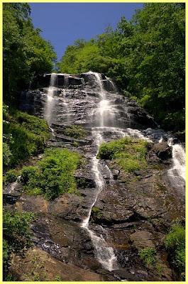 Cascada Amicaloca