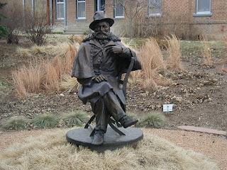 statue of general george crook