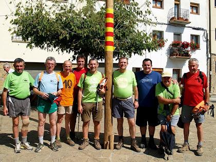 Caminada Popular de Castellcir 2011 amb els amics Miquel de Cardedeu, Joan de Manresa, Victor de l'Hospitalet, Joan de Salelles i Jaume d'Artès